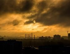 Ieško, kas galėtų išmetamąsias dujas paversti kitais komponentais