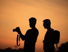 Lenkai ieško nuotraukų dėžučių ir fotografinių fonų gamintojų