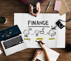 Finansų specialistas technologinės revoliucijos kontekste