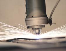 Ispanai ieško metalo graviruotojų lazeriu