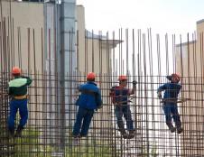 Lenkai ieško drabužių statybų sektoriui tiekėjų