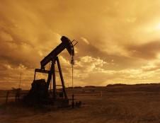 Ieško partnerių naftos produktų tyrimams