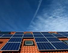 Korėjiečiai ieško dirbančiųjų su saulės energijos technologijomis
