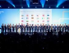 """Lietuva prisijungė prie EK  iniciatyvų """"blockchain"""" technologijų ir dirbtinio intelekto srityse"""