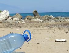 Europos Sąjunga skelbia karą šiukšlėms paplūdimiuose