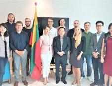 Lietuvos finansinių technologijų startuoliai semiasi patirties Singapūre