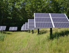 Lenkai ieško saulės modulių gamintojų