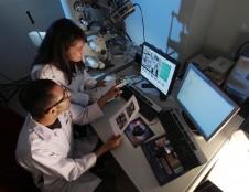 Kuriantiems ir tobulinantiems produktus – nemokami medžiagų tyrimai Europos laboratorijose