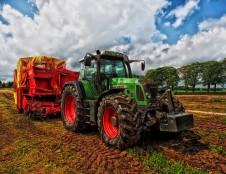 Airiai ieško žemės ūkio technikos produktų tiekėjų
