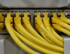 Australai ieško kabelių valdymo sprendimų