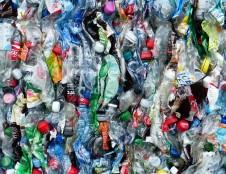 Prancūzai ieško partnerių projektui apie mikroorganizmų panaudojimą plastikams perdirbti