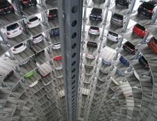 Lenkai ieško automatizuotų parkavimo sistemų