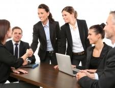 Moterų įgalinimas pritraukti investicijų