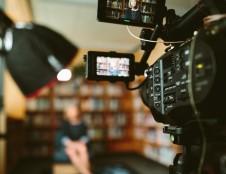 Britai ieško vaizdo įrašų kūrėjų