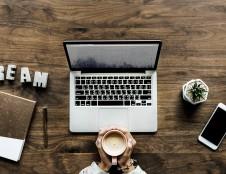 Biuro įrangos nuomos verslas: kompiuteris – už kavos puodelio kainą
