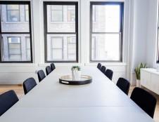 Slovėnai ieško biuro baldų gamintojų/tiekėjų