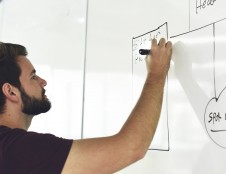 Lektoriai apie didžiausią verslo mokymų mitą: tai ne linksmybės darbuotojams