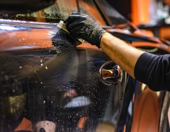 Rumunai ieško inovatyvių valymo priemonių automobiliams
