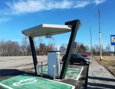 Ekologiškam transportui – dar daugiau įkrovimo prieigų