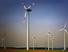 Rumunai ieško įvairių fotoelektrinių sistemų ir vėjo jėgainių gamintojų