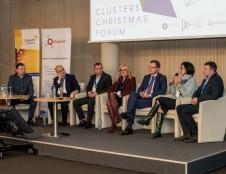 Šalies klasterių bendruomenė metus baigė tarptautiniu forumu