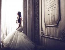 Įmonė iš Ukrainos ieško medžiagų vestuvinėms suknelėms gaminti