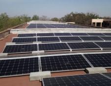 Dešimčiai saulės elektrinių besivystančiose šalyse – Lietuvos parama