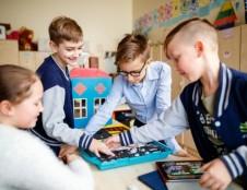 Neformaliojo vaikų švietimo krepšelio lėšomis naudojasi vis daugiau mokinių