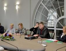 Švietimo, mokslo ir sporto ministerijoje įvyko susitikimas su švietimo darbuotojų profesinėmis sąjungomis