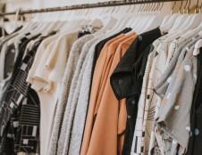 30 kilogramų drabužių – tiek per metus išmetame kiekvienas. Kada ateis metas pokyčiams?