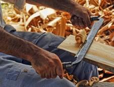 Rumunai ieško medienos apdirbimo įrangos gamintojų