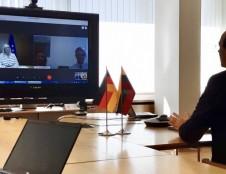 Su Vokietija aptarti šalims aktualūs klausimai