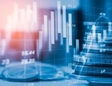 Labiausiai COVID-19 paveiktą verslą pasiekia pirmosios likvidumui palaikyti skirtos paskolos