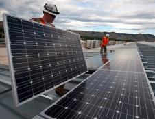 Saulės elektrinės gyventojams – ne tik su kompensacijomis iš Klimato kaitos programos, bet ir išsimokėtinai