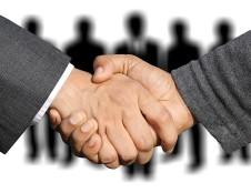 Su finansiniais sunkumais susiduriantiems verslams – garantijos paskoloms ir sąskaitoms
