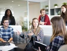 """Pirmosiose """"Policy Lab"""" kūrybinėse dirbtuvėse dėmesys jaunimo psichologinei gerovei"""