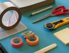 Danijos prekybos įmonė ieško stiprios, iš abiejų pusių lipnios, skirtingų pločių nano juostos tiekėjų, gamintojų