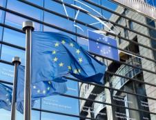 Lietuvai – 602 mln. eurų paskolų darbo vietų išsaugojimui