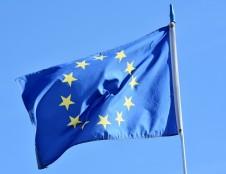 Startuoja dvi naujos ES paramos priemonės verslui: bus kuriami ir sertifikuojami kovai su COVID-19 skirti produktai