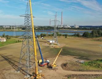 """""""Litgrid"""" įgyvendino trečią iš 14 sinchronizacijos projektų – Elektrėnus ir Vilnių jungianti linija sustiprinta dvigubai"""