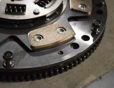 Vokietijos įmonė ieško automobilių dalių gamintojų/tiekėjų