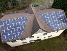 """Saulės energijai gaminti saugomų teritorijų direkcijos """"įdarbino"""" ir pastatų stogus"""