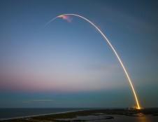 """Tarp į kosmosą iškeltų """"SpaceX"""" palydovų – lietuvių kūrinys"""