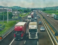 Be inovacijų ir skaitmeninimo kelias tvaraus transporto link bus duobėtas