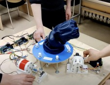 Lietuviško koboto prototipą pristatę kūrėjai: tikrųjų kobotų pasaulinėje rinkoje dar trūksta