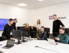 """Lietuvių startuolis """"Discontract"""" įgauna pagreitį: pradeda teikti paslaugas B2B sektoriui"""